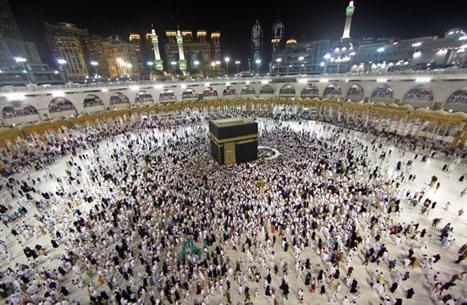 السعودية ستسمح تدريجيا بأداء العمرة بدءا من 4 أكتوبر