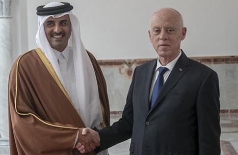 أمير قطر يهاتف قيس سعيد ويستعرض التطورات في تونس