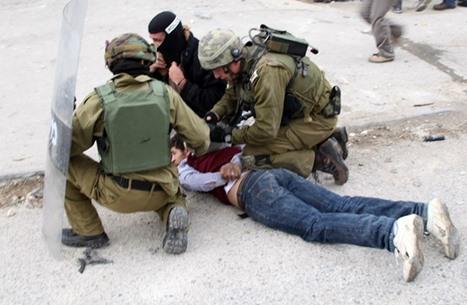 الاحتلال يعتقل فلسطينيين باقتحامات في الضفة والقدس (شاهد)