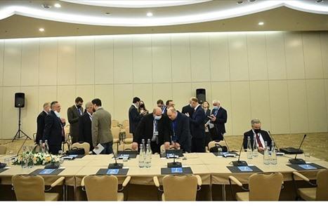 اللجنة الدستورية السورية تراوح مكانها.. ما أبرز العراقيل؟