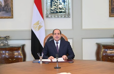 """رسوم جديدة بمصر تثير سخطا وسعا.. """"إتاوة من السيسي"""""""