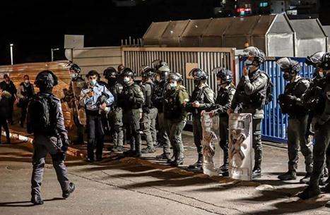صدمة إثر اقتحام وحشي لمنزل فلسطيني في حيفا (شاهد)