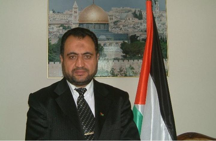 وزير سابق يدعو لإجراء الانتخابات في الضفة ثم غزة لهذا السبب