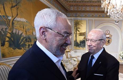 كيف يرى الغنوشي التحولات السياسية وقضية الإرهاب بتونس؟
