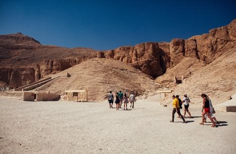مصر تتصدر الوجهات السياحية الأكثر تدهورا عالميا في 2016