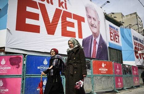 6 استفتاءات شعبية بتاريخ تركيا أحدها فشل.. تعرف عليها (صور)