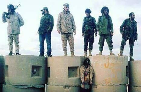 مبعوث أمريكا السابق بليبيا يطالب بالتحقيق في جرائم قوات حفتر