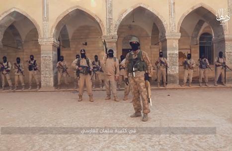 """تنظيم الدولة يشكّل كتيبة """"فارسية"""".. وجّه رسائل لطهران (شاهد)"""