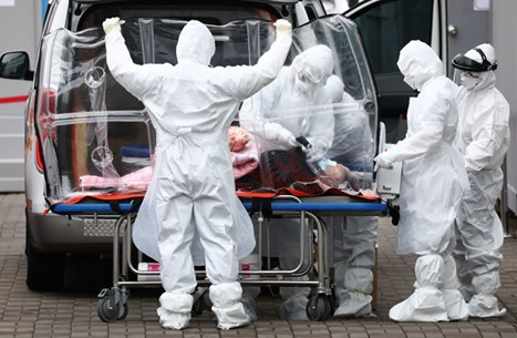 WP: أمريكا وأوروبا تخسران معركة فيروس كورونا