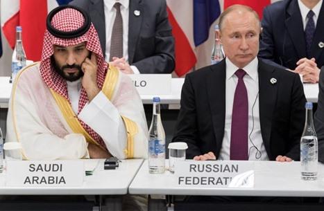 """الكرملين: بوتين لا يخطط للتواصل مع السعودية قبل """"أوبك+"""""""