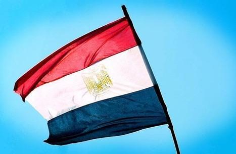 مصر.. مأزق التيار العلماني في التوفيق بين النظرية والواقع