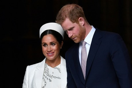 الأمير هاري يخشى على زوجته من مصير أمه الأميرة ديانا