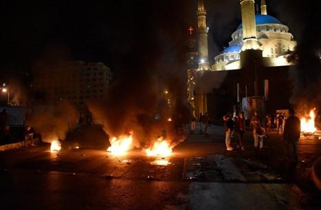 احتجاجات مستمرة بلبنان لليوم السادس على التوالي (شاهد)