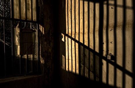في يوم المرأة العالمي.. خليجيات يقبعن خلف القضبان