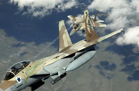 قتلى بقصف إسرائيلي على معسكر للنظام بالقنيطرة (صور)