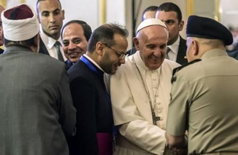 زيارة البابا لمصر..انتقادات لوزراء.. ومسرحيات مفتعلة (شاهد)