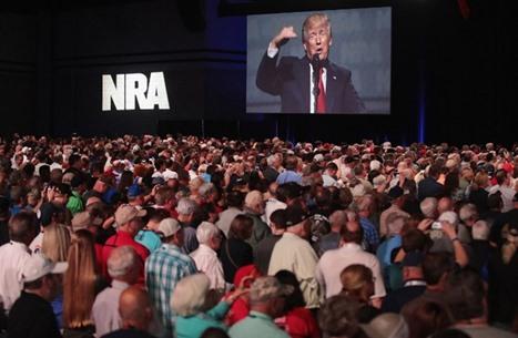 ترامب للوبي الأسلحة: أصبح لديكم صديق في البيت الأبيض