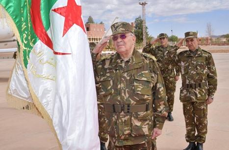بتنسيق تركي جزائري.. تسليم سكرتير قايد صالح تمهيدا لمحاكمته