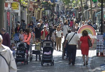 """جبل طارق يتحول إلى """"واحة"""" بعد تلقي جميع السكان لقاح كورونا"""