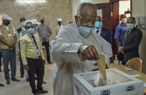إعادة انتخاب رئيس جيبوتي إسماعيل جيله بـ98% من الأصوات