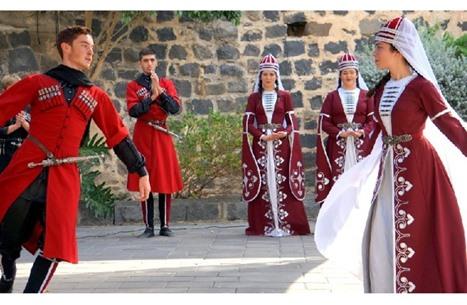 شركس فلسطين.. عانوا التهجير وحافظوا على تراثهم من الاندثار