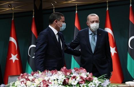 ما دلالة زيارة رئيس حكومة ليبيا إلى أنقرة برفقة وفد كبير؟