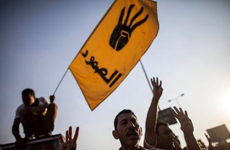 """ناشطون: الموقف من مجزرة """"رابعة"""" حد فاصل واختبار للإنسانية"""