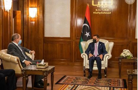 وفد جزائري رفيع يصل إلى ليبيا لبحث التعاون وأمن الحدود