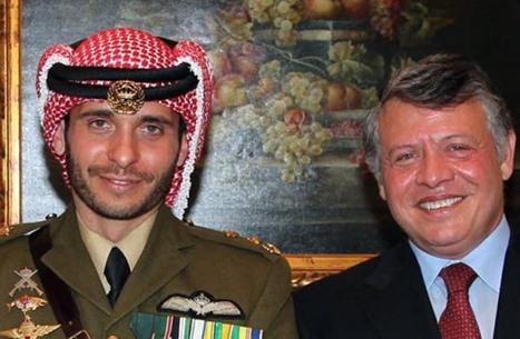الأمير حمزة يظهر إلى جانب الملك لأول مرة منذ الأزمة (شاهد)