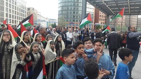 أطول علم فلسطيني في برلين لإحياء ذكرى النكبة - عربي21 - (11)