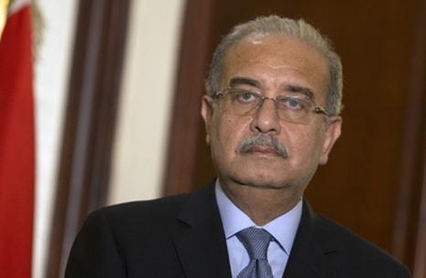 """رئيس الوزراء المصري مبررا رفع أسعار الفائدة: """"إجراء مؤقت"""""""