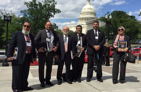 معارضون مصريون ينظمون فعالية احتجاجية داخل الكونغرس (صور)