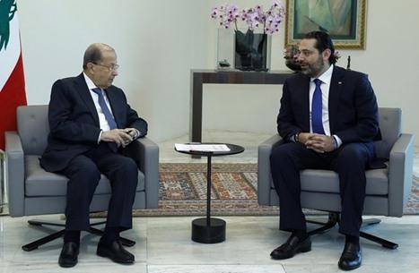 صحيفة: تهديدات أمريكية لعون والحريري تعرقل تشكيل الحكومة