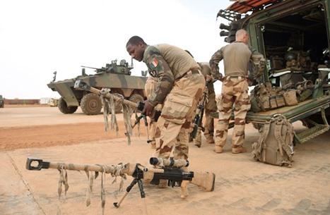 جرح 6 جنود فرنسيين بانفجار سيارة مفخخة في مالي