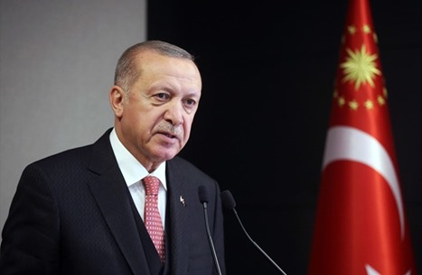 """أردوغان: العيد بآيا صوفيا زادنا بهجة.. والكعبة """"حزينة"""""""