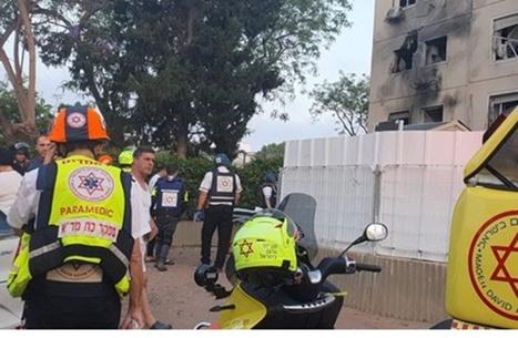 قصف مكثف للمقاومة بعسقلان ردا على استهداف منزل بغزة