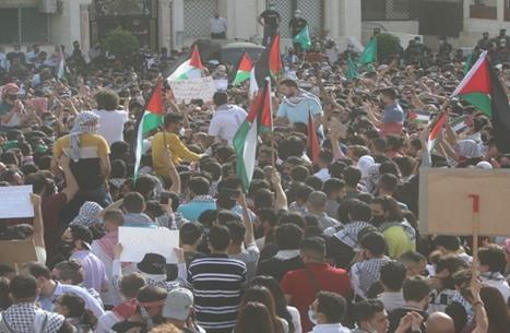 أردنيون يدشنون #افتحوا_الحدود ردا على اعتداءات الاحتلال