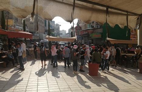 أردنيون يحتشدون لبدء مسيرات نحو الحدود نصرة للقدس وغزة