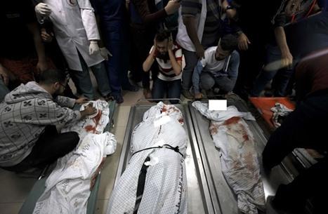 """هكذا تحدّث فلسطيني فقد زوجته وأطفاله بمجزرة """"الشاطئ"""" (شاهد)"""