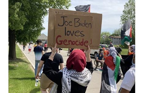 حشود مؤيدة لفلسطين بديترويت.. تجددت مع زيارة بايدن (فيديو)