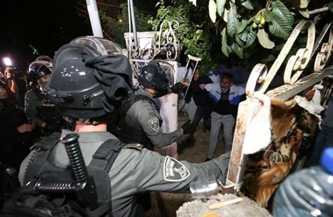 مواجهات في القدس.. واعتداءات جديدة بالشيخ جراح والأقصى