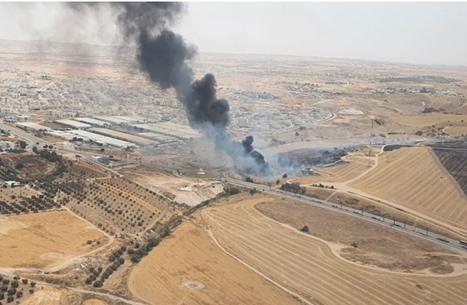 حرائق في عدة مستوطنات محيطة بغزة بفعل البالونات (شاهد)