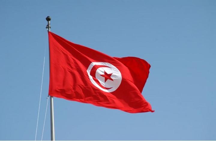 تونس تقترض نحو 3 مليارات دولار لتغطية عجز الميزانية