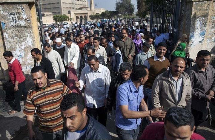 """مسؤول: """"مافيا"""" تغلق 4650 شركة وتشرد 750 ألف عامل مصري"""