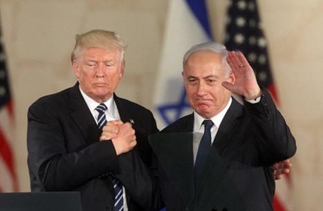 """خبراء إسرائيليون: بايدن سيطوي سنوات """"العناق الدافئ"""" معنا"""