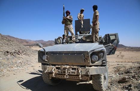 الجيش اليمني يحرز تقدما في تعز.. وقتلى بانفجار لغم بالجوف