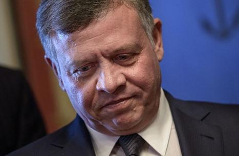 موقف طريف لملك الأردن يثير تفاعلا على مواقع التواصل (شاهد)