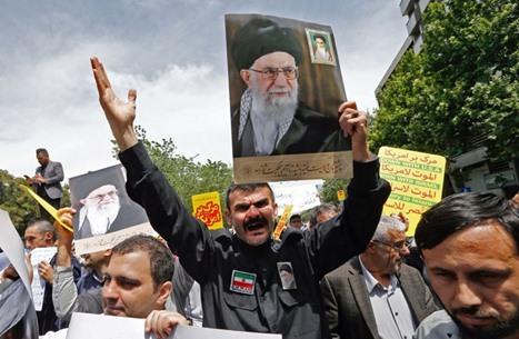 عقوبات أمريكية جديدة ضد إيران بعد أيام من مقتل فخري زاده