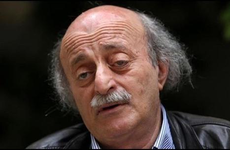 """جنبلاط: دعوت الحريري للاعتذار عن التكليف.. و""""النترات"""" لنظام الأسد"""