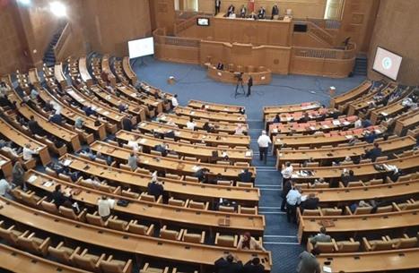 كتل برلمانية تونسية تهاجم تطبيع الإمارات مع الاحتلال